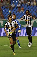 RIO DE JANEIRO, RJ, 23 DE FEVEREIRO 2012 - CAMPEONATO CARIOCA - SEMIFINAL - TAÇA GUANABARA - BOTAFOGO X FLUMINENSE - Elkeson, jogador do Botafogo, comemora o seu gol, durante partida contra o Fluminense, pela semifinal da Taça Guanabara, no estádio Engenhão, na cidade do Rio de Janeiro, nesta quinta-feira, 23. FOTO: BRUNO TURANO – BRAZIL PHOTO PRESS
