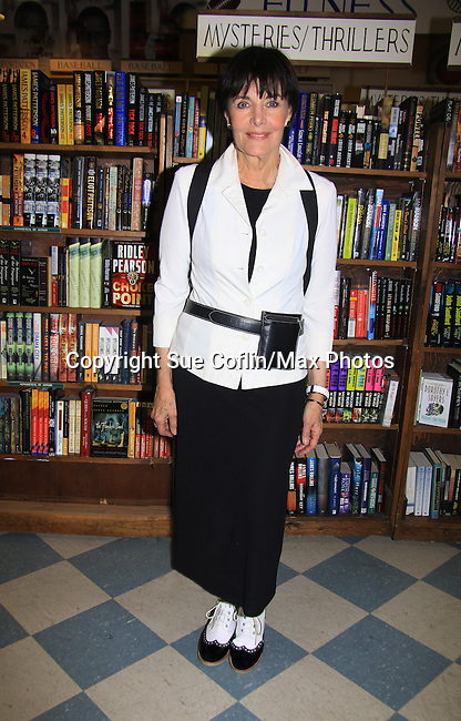 "Another World's Linda Dano comes to see castmate Alicia who speaks and signs her book ""Gracefully Gone"" - a fusion of two journals: her father Matthew L. Coppola Sr. and hers - on August 23, 2013 at Book Revue, Huntington, New York. (Photo by Sue Coflin/Max Photos)"