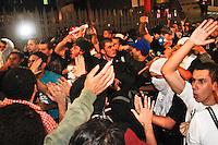 SÃO PAULO,SP,20 JUNHO 2013 - PROTESTO PASSE LIVRE - Confusão entre integrantes de Integrantes do Partido politicos e manifestantes  que  realizam protesto na Pça dos Cilistas  na região da Av.Paulista em São Paulo, no final da tarde desta quinta- feira (20).FOTO ALE VIANNA - BRAZIL PHOTO PRESS