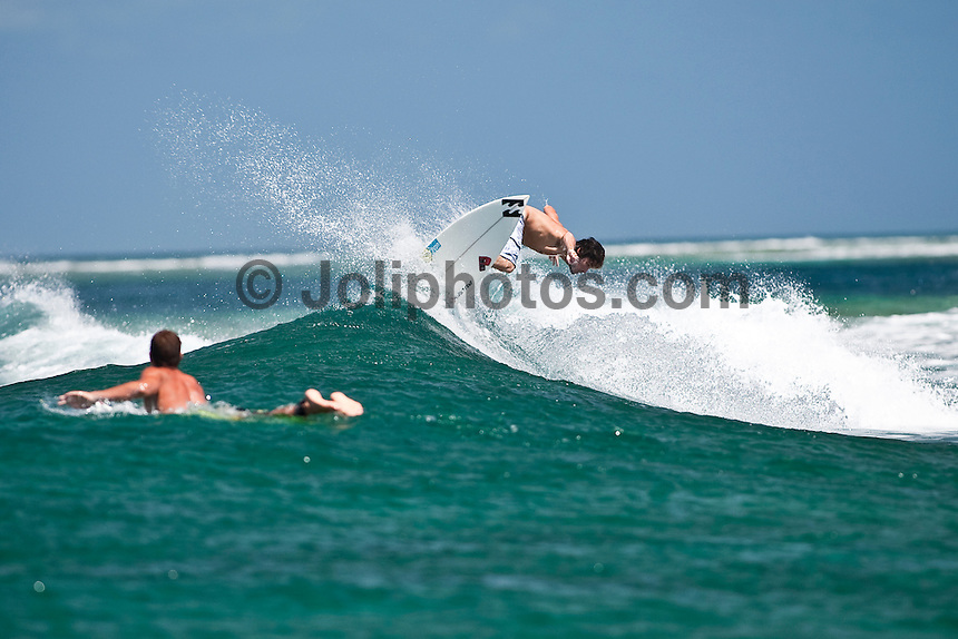 JOAO GUEDES (PRT) surfing in the South Male Atolls, Maldives (Monday, June 15th, 2009). Photo: joliphotos.com