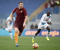 Roma&rsquo;s Edin Dzeko in action during the Serie A soccer match between Roma and Napoli at the Olympic stadium, 4 March 2017.<br /> UPDATE IMAGES PRESS/Isabella Bonotto
