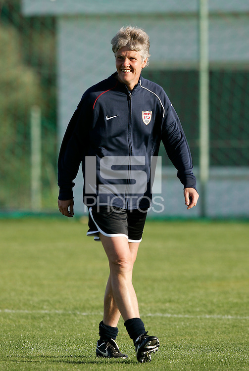 Head coach Pia Sundhage in action during the USA women's national team practice session at Montechoro Hotel soccer fields during the Algarve Women´s Soccer Cup 2008 in Albufeira, Portugal on March 09, 2008. Paulo Cordeiro/isiphotos.com