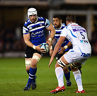 Dave Attwood of Bath Rugby in possession. Gallagher Premiership match, between Bath Rugby and Exeter Chiefs on October 5, 2018 at the Recreation Ground in Bath, England. Photo by: Patrick Khachfe / Onside Images