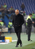 Calcio, Serie A: Roma vs Inter. Roma, stadio Olimpico, 19 marzo 2016.<br /> Roma&rsquo;s coach Luciano Spalletti looks down during the Italian Serie A football match between Roma and FC Inter at Rome's Olympic stadium, 19 March 2016. The game ended 1-1.<br /> UPDATE IMAGES PRESS/Isabella Bonotto