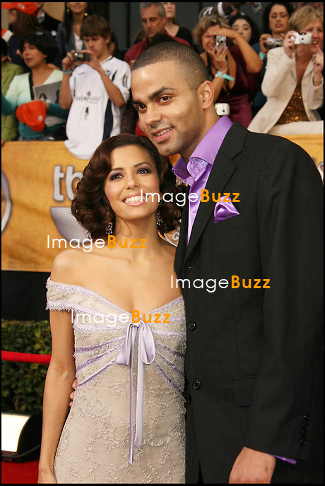 "EVA LONGORIA ET TONY PARKER - ARRIVEES AUX SCREEN ACTORS GUILD AWARDS (SAG) A LOS ANGELES..AT THE : "" 12TH ANNUAL SCREEN ACTORS GUILD AWARDS "" AT THE SRINE AUDITORIUM..LOS ANGELES, JANUARY 29, 2006."