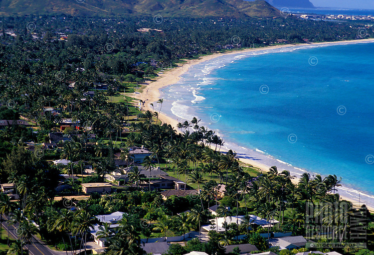 View above Kailua Beach and the windward side of Oahu