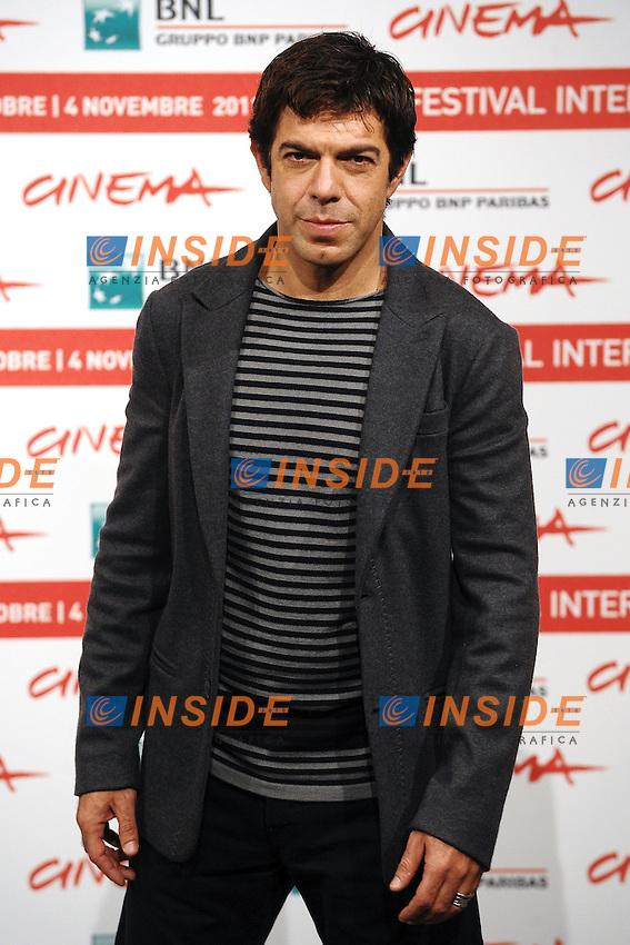 """Pierfrancesco FAVINO.""""L'Industriale"""".Roma 30/10/2011 Auditorium.Festival Internazionale del Film di Roma.Foto Andrea Staccioli Insidefoto"""
