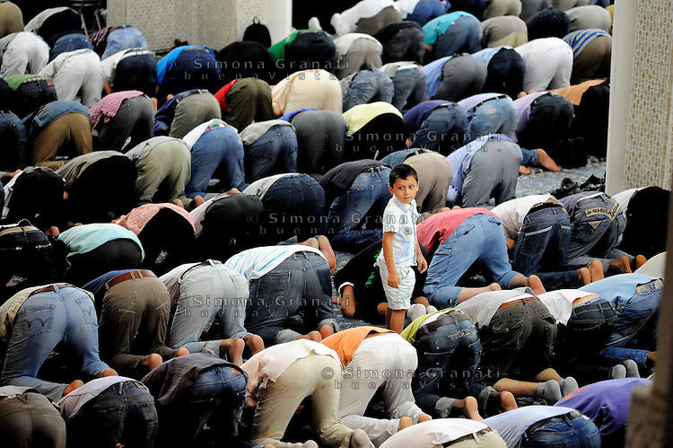 Roma, 13 Agosto 2010 Grande Moschea di Roma.Primo Venerdi di Ramadan..Rome, August 13, 2010 .first friday of Ramadan ,Grand Mosque of Rome