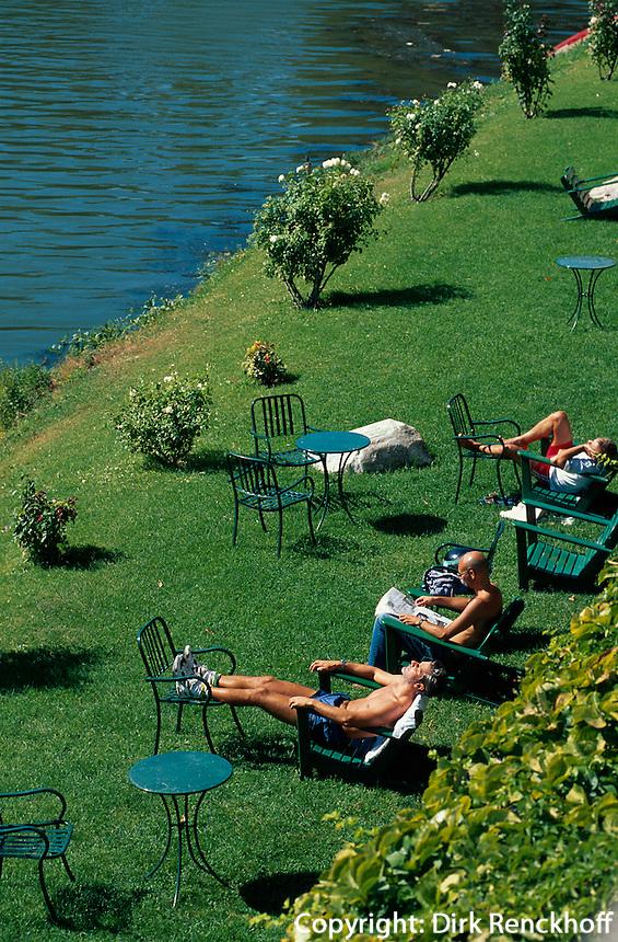 Liegewiese am rechten Arnoufer, Florenz, Toskana, Italien