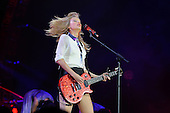 Feb 01, 2014: TAYLOR SWIFT - Red Tour @ O2 Arena London