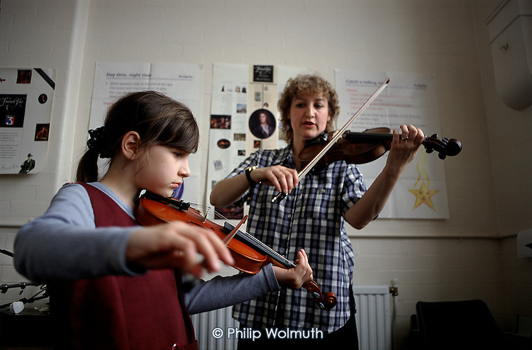 Violin lesson run by Haringey School Music Service.