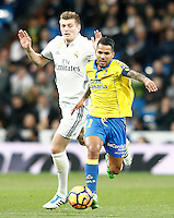 Real Madrid's Toni Kroos (l) and UD Las Palmas' Jonathan Viera during La Liga match. March 1,2017. (ALTERPHOTOS/Acero) /NortePhoto.com