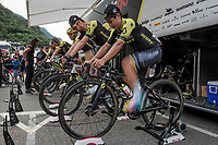 Esteban Chavez (COL/Mitchelton-Scott) & team warming up at the race start in Andorra la Vella<br /> <br /> Stage 9: Andorra la Vella to Cortals d'Encamp (94km) - ANDORRA<br /> La Vuelta 2019<br /> <br /> ©kramon