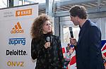 VOGELENZANG - Maria Verschoor (Ned) met presentator Marcel Maijer.  Spelerslunch KNHB 2019.   COPYRIGHT KOEN SUYK