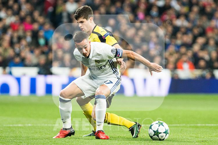 Real Madrid's Lucas Vazquez, Borussia Dortmund Julian Weigl during Champions League match between Real Madrid and Borussia Dortmund  at Santiago Bernabeu Stadium in Madrid , Spain. December 07, 2016. (ALTERPHOTOS/Rodrigo Jimenez)