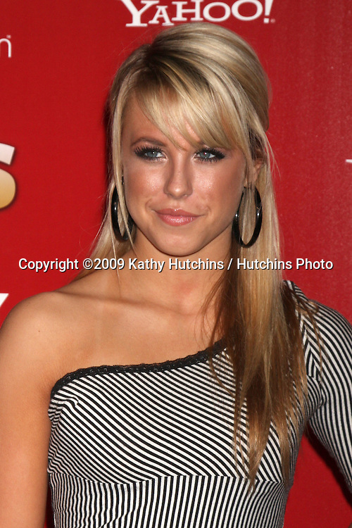 Chelsie Hightower.arriving at the 2009 US Weekly Hot Hollywood Party.Voyeur.West Hiollywood,  CA.November 18, 2009.©2009 Kathy Hutchins / Hutchins Photo.