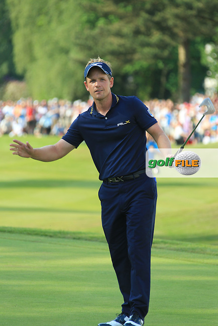 during the final round of the BMW PGA CHAMPIONSHIP, Wentworth Club,Surrey,England. 27/5/12.Picture  Fran Caffrey www.golffile.ie..Luke Donald (ENG on the 18th during the final round of the BMW PGA CHAMPIONSHIP, Wentworth Club,Surrey,England. 27/5/12.Picture  Fran Caffrey www.golffile.ie..