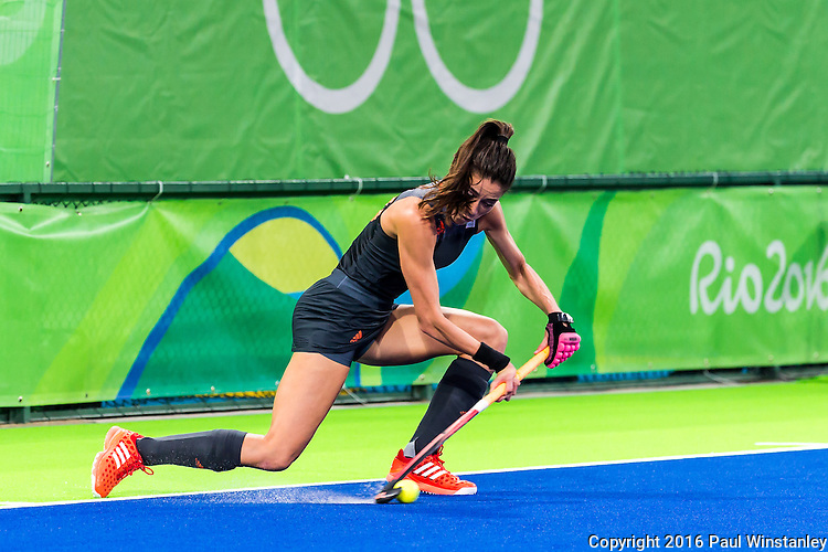 Naomi van As #18 of Netherlands starts the penalty corner during Netherlands vs Great Britain in the gold medal final at the Rio 2016 Olympics at the Olympic Hockey Centre in Rio de Janeiro, Brazil.
