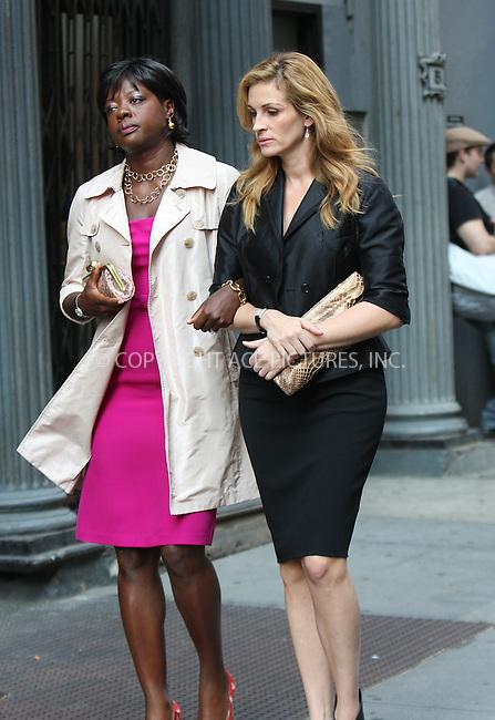 WWW.ACEPIXS.COM . . . . . ....August 20 2009, New York City....Actors Viola Davis and Julia Roberts on the set of the new movie 'Eat Pray Love' on August 20 2009 in New York City....Please byline: AJ SOKALNER - ACEPIXS.COM.. . . . . . ..Ace Pictures, Inc:  ..tel: (212) 243 8787 or (646) 769 0430..e-mail: info@acepixs.com..web: http://www.acepixs.com
