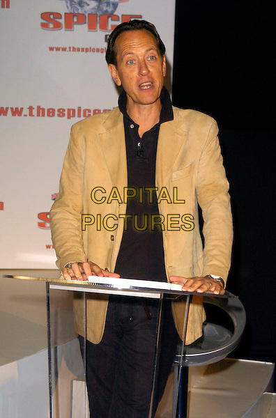 RICHARD E. GRANT.The Spice Girls Re-Union for a World Tour Press Conference, 02 Arena, London, England..June 28th, 2007.reunion half length 3/4 beige jacket podium microphone speech.CAP/CAN.©Can Nguyen/Capital Pictures