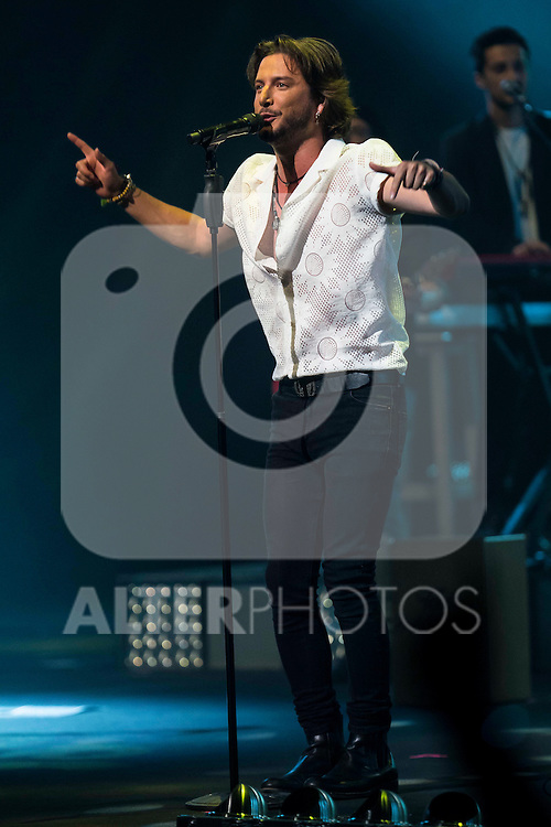 Manuel Carrasco in concert at the Teatro Real in Madrid. July 28. 2016. (ALTERPHOTOS/Borja B.Hojas)