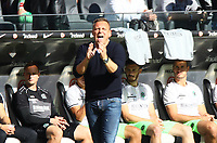 Trainer Andre Breitenreiter (Hannover 96) - 30.09.2018: Eintracht Frankfurt vs. Hannover 96, Commerzbank Arena, DISCLAIMER: DFL regulations prohibit any use of photographs as image sequences and/or quasi-video.