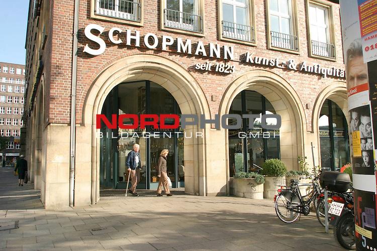 Versteigerung des Nachlass von Inge Meysel<br /> <br /> Auktionshaus Schopmann in Hamburg, Speersort 1, Aussenansicht<br /> Foto &copy; nordphoto / Volker Sarbach<br />  *** Local Caption *** Foto ist honorarpflichtig! zzgl. gesetzl. MwSt.<br />  Belegexemplar erforderlich<br /> Adresse: nordphoto<br /> Georg-Reinke-Strasse 1<br /> 49377 Vechta