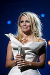 PAMELA ANDERSON is the hostess of the Eurovoice contest. Thirty-three countries participate in the contest.