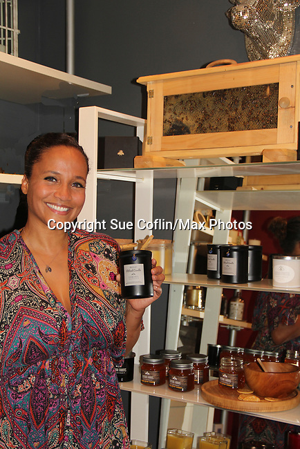 05-03-18 Yvonna Kopacz Wright & husband  Brett show Bees - wax - candles at NiLu in Harlem