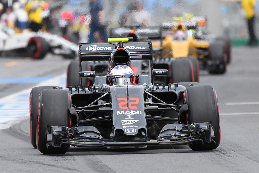 March 19, 2016: Jenson Button (GBR) #22 from the McLaren Honda Formula 1 team leaving the pits for qualifying at the 2016 Australian Formula One Grand Prix at Albert Park, Melbourne, Australia. Photo Sydney Low
