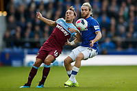 Mark Noble of West Ham United and Tom Davies of Everton during the Premier League match between Everton and West Ham United at Goodison Park on October 19th 2019 in Liverpool, England. (Photo by Daniel Chesterton/phcimages.com)<br /> Foto PHC/Insidefoto <br /> ITALY ONLY