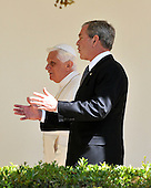 Washington, DC - April 15, 2008 -- Pope Benedict XVI and United States President George W. Bush share thoughts as they walk along the Colonnade at the White House in Washington, D.C. on Wednesday, April 16, 2008.  .Credit: Ron Sachs / CNP.(RESTRICTION: NO New York or New Jersey Newspapers or newspapers within a 75 mile radius of New York City)