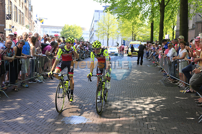 Wilier Triestina-Southeast team arrives at sign on before the start of Stage 2 of the 2016 Giro d'Italia running 190km from Arnhem to Nijmegen, The Nethrerlands. 7th May 2016.<br /> Picture: Eoin Clarke | Newsfile<br /> <br /> <br /> All photos usage must carry mandatory copyright credit (&copy; Newsfile | Eoin Clarke)