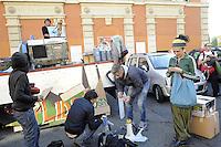 Roma, 15 Ottobre 2011.San Lorenzo.La preparazione del Camion degli occupanti del teatro Valle, del Cinema Palazzo e del teatro lido di Ostia