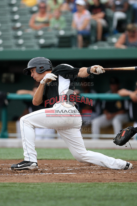 South Bend Silver Hawks Niko Gallego #17 during a game against the Kane County Cougars at Coveleski Stadium on July 24, 2011 in South Bend, Indiana.  Kane County defeated South Bend 7-5.  (Mike Janes/Four Seam Images)