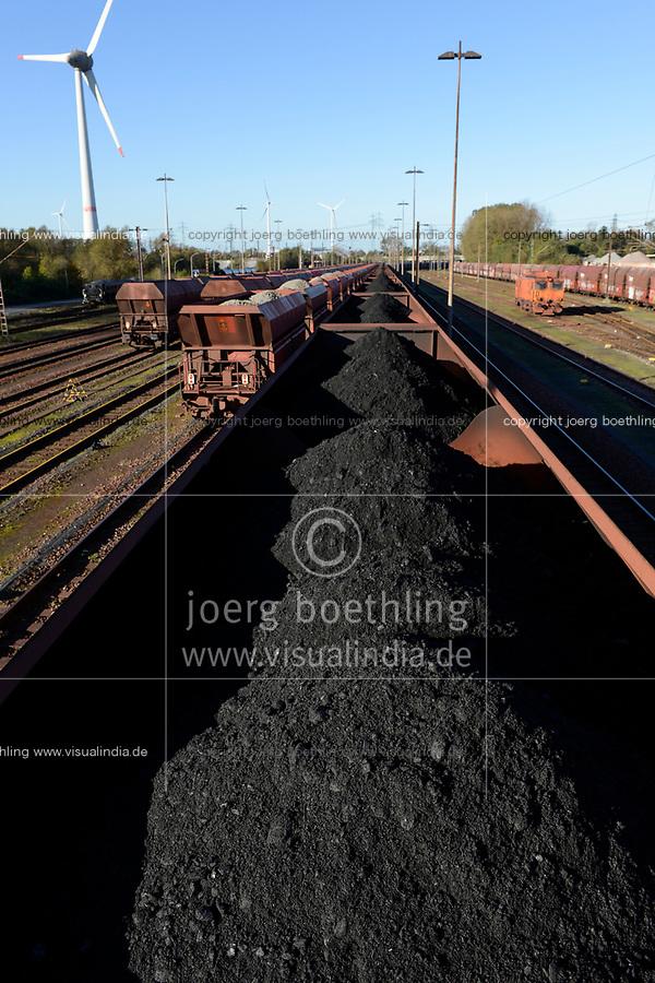 Germany, Hamburg, Hansaport import of coal and ore, transport by railway to steel plants and coal power stations / DEUTSCHLAND, Hamburg, Hansaport, Import von Kohle und Erz, Weitertransport per Bahn zu Kraftwerken und Stahlwerken