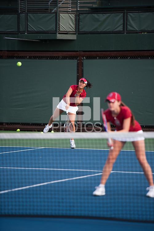 Kristie Ahn (L) and Nicole Gibbs (R) of the 2010 Stanford women's Tennis Team.