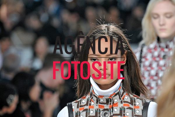 Paris, Franca &ndash; 02/2014 - Desfile de Louis Vuitton durante a Semana de moda de Paris - Inverno 2014.&nbsp;<br /> Foto: FOTOSITE