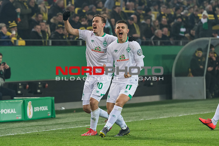 05.02.2019, Signal Iduna Park, Dortmund, GER, DFB-Pokal, Achtelfinale, Borussia Dortmund vs Werder Bremen<br /> <br /> DFB REGULATIONS PROHIBIT ANY USE OF PHOTOGRAPHS AS IMAGE SEQUENCES AND/OR QUASI-VIDEO.<br /> <br /> im Bild / picture shows<br /> Jubel 0:1, Milot Rashica (Werder Bremen #11) bejubelt seinen Treffer mit Fuss-Spitze zum 0:1, Max Kruse (Werder Bremen #10), <br /> <br /> Foto © nordphoto / Ewert