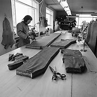 Fataverksmi&eth;jan Sportver &iacute; Reykjav&iacute;k, 1974<br /> <br /> Sportver garment factory, Reykjav&iacute;k, 1974