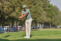 Tony Finau (USA) attempts to use body english to help his chip on to 18 during round 4 of the World Golf Championships, Mexico, Club De Golf Chapultepec, Mexico City, Mexico. 3/4/2018.<br /> Picture: Golffile | Ken Murray<br /> <br /> <br /> All photo usage must carry mandatory copyright credit (&copy; Golffile | Ken Murray)