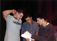 Senior Sing 2002 (Nov 15-17 2001)