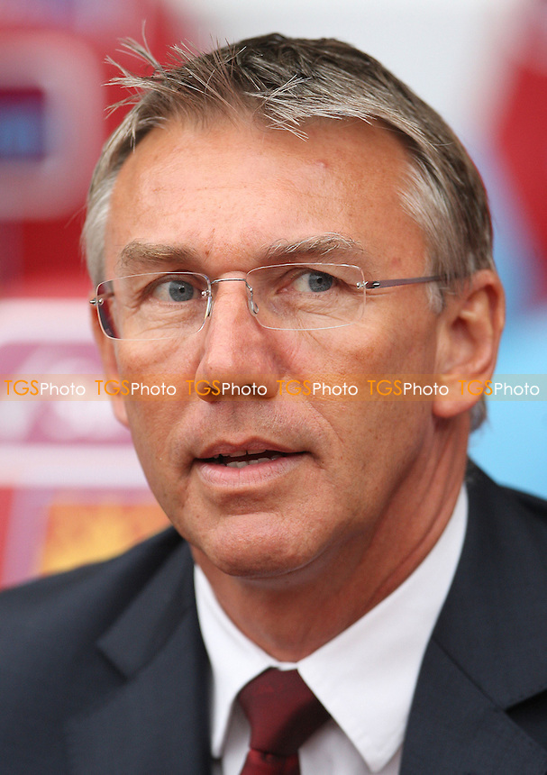 Southampton manager Nigel Adkins - West Ham United vs Southampton, Barclays Premier League at Upton Park, West Ham - 20/10/12 - MANDATORY CREDIT: Rob Newell/TGSPHOTO - Self billing applies where appropriate - 0845 094 6026 - contact@tgsphoto.co.uk - NO UNPAID USE.