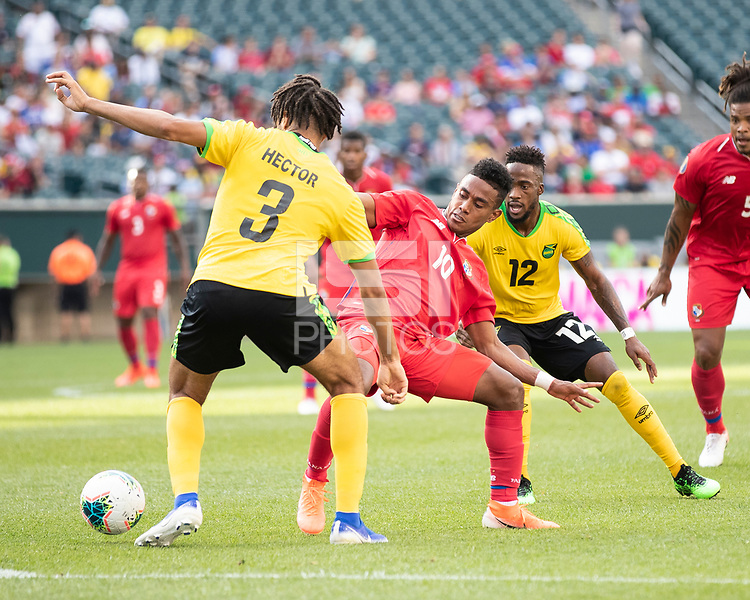 PHILADELPHIA, PA - JUNE 30: Michael Hector #3 and Edgar Barcenas #10 contest the ball during a game between Panama and Jamaica at Lincoln Financial Field on June 30, 2019 in Philadelphia, Pennsylvania.