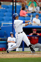 Dunedin Blue Jays outfielder Jonathan Jones #25 during a game against the Clearwater Threshers at Florida Auto Exchange Stadium on April 4, 2013 in Dunedin, Florida.  Dunedin defeated Clearwater 4-2.  (Mike Janes/Four Seam Images)