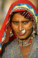 Women of the semi-nomadic groups in Rajasthan are skilled dancers and performers. The Kalberliya once entertained the great kings and maharajahs of India. They also understand the value of their beauty in photographs and expect compensation for the snaps.