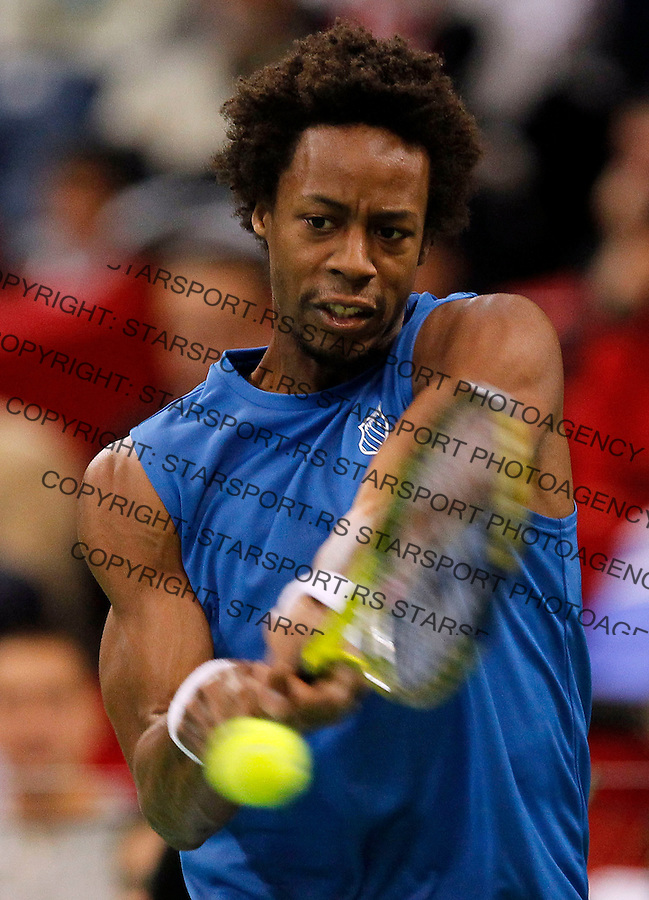French Davis Cup team player Gael Monfils returns the ball during first match of the Davis Cup finals Serbia vs France against Janko Tipsarevic in Belgrade Arena in Belgrade, Serbia, Friday, 3. December 2010.(foto: Srdjan Stevanovic/Starsportphoto ©)