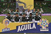 PALMIRA - COLOMBIA, 17-09-2019: Jugadores del Cali posan para una foto previo al partido entre Deportivo Cali y Alianza Petrolera por la fecha 11 de la Liga Águila II 2019 jugado en el estadio Deportivo Cali de la ciudad de Palmira. / Players of Cali pose to a photo prior match for the date 11 as part Aguila League II 2019 between Deportivo Cali and Alianza Petrolera played at Deportivo Cali stadium in Palmira city. Photo: VizzorImage / Gabriel Aponte / Staff