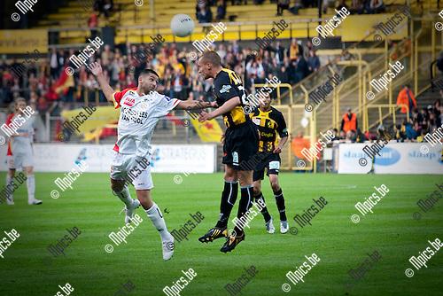 2009-05-16 / Voetbal / Lierse- RS Waasland / Rachid Bourabia (WA) met Timothy Dreesen (LIE)