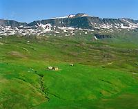 Stakkahlíð séð til austurs, Loðmundarfjörður, Borgarfjarðarhreppur. / Stahkkahlid viewing east, Lodmundarfjordur, Borgarfjardarhreppur.
